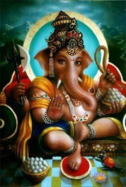 Ganesha pertence à família de deuses mais populares do Hinduísmo. Ele é o filho mais velho de Parvati e Shiva. Ganesha tem uma enorme cabeça de elefante, imensa para um corpo de menino indicando sua capacidade intelectual e a firme dedicação ao estudo das escrituras.   Ganesha é o Sábio. Ganesha tem na fronte o Vibhuti e um pequeno tridente indicando que é filho de Shiva - o Senhor da disciplina e da aniquilação da ignorância, indica também, que o sábio tem sempre em mente o Ser Supremo.