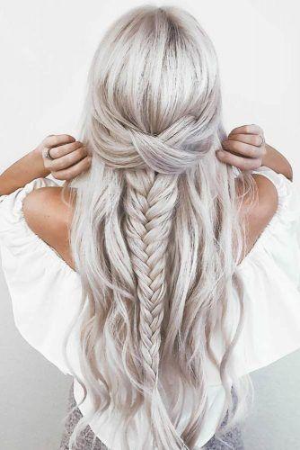 30 Hochzeitsfrisuren Half Up Half Down mit lockigem Haar und Zopf – Frisuren Mittellanges Haar