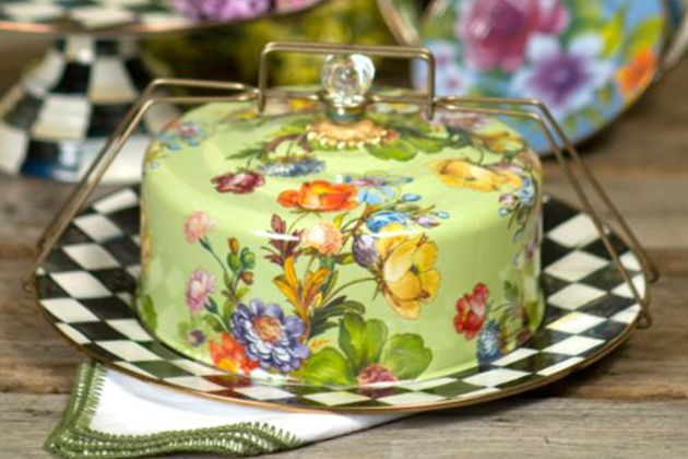 Flower Market Enamel Cake Carrier Green By Mackenzie