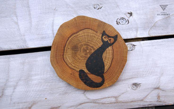"""Podstawka dębowa """"Chudy Czarny Kot"""" - PiatyElement - Podstawki"""