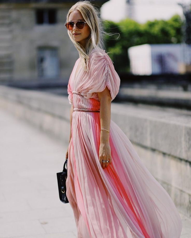 Stuck with what to wear? Turn to Instagram for some style inspiration. Here are our favourite looks from the last week and how to recreate them…
