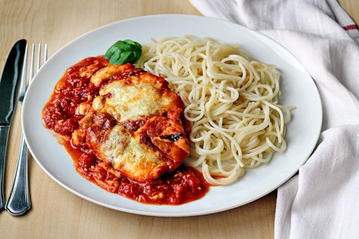 Chicken Parmesan - OMG - i had this the other night - made it as indicated and it tasted just like Olive Garden!! Delisious!!!! :)
