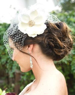 birdcage veils are a must for old hollywood weddings