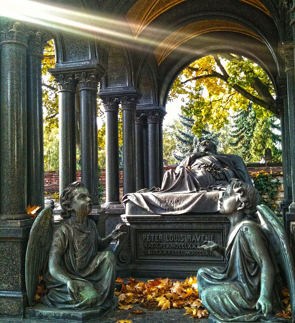 Cemetery in Moabit, Berlin, Germany: photo by the walking disaster, via Flickr