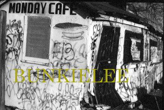 URBAN USA; Urban-Inner-City-Street; Monday-Coffee-Gallery, Twitter; Plan & Think-big!