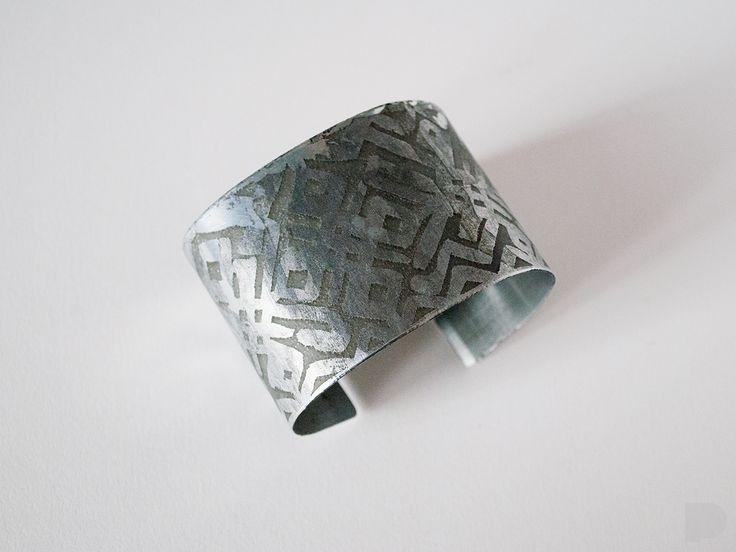 tin-titanium bracelet
