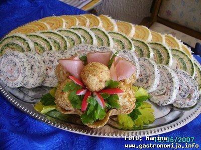 Slani rolati i kuglice od sira_beli rolat sa makom