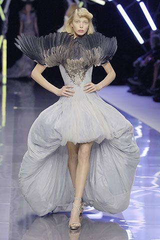 Alexander McQueen Spring/Summer 2008 - Full length photos (Vogue.com UK)