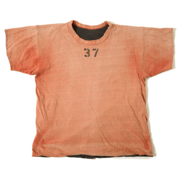Vintage 1950's sun-faded, double sided, US Army tee. Beyond rare, patina is incredible, no stains.  Approximate value among collectors in this condition: $1,000.00 ⓀⒾⓃⒼⓈⓉⓊⒹⒾⓄⓌⓄⓇⓀⓈ▻