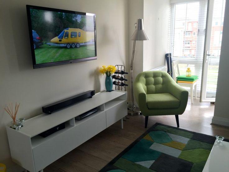 OliverD11's huis in Maidenhead, United Kingdom. Kijk binnen voor meer inspirerende interieurs op MADE.COM/nl/Unboxed.