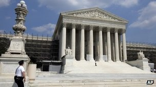 Obama health law faces Supreme Court judgement