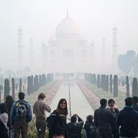 Diario de viaje 11 – El Taj Mahal, una ciudad medieval y una elefantruska