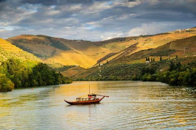 Duoro Valley, Portugal - OGphoto/Getty Images Douro Valley - Colori d'autunno: le foto più belle