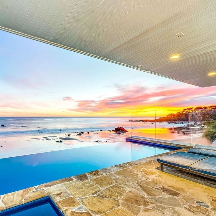 Malibu Vacation Rental: Ocean View Villa on Broad Beach for 12 Guests, Infinity Pool, Hot Tub, BBQ , Alfresco Dining + Parking