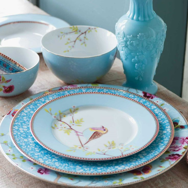 Pip Studio Blue Floral Dinnerware - I\u0027m the biggest sucker for pretty dishes ! & 131 best Tableware images on Pinterest | Dish sets Dishes and Porcelain