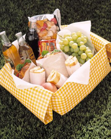 gingham makes a better picnic : )