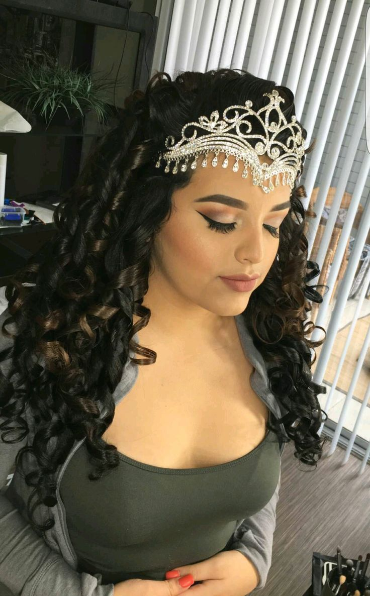 Hairstyles For A Quinceanera Best 25 Quince Hairstyles Ideas That You Will Like On Pinterest
