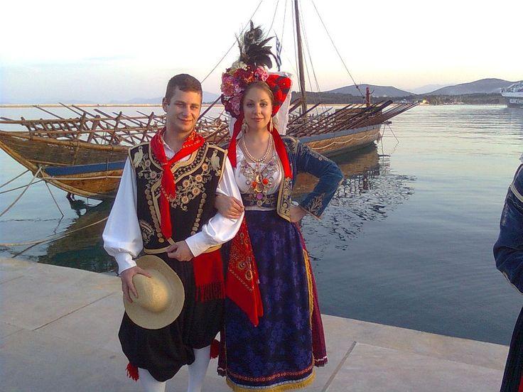 traditional corfiot costumes