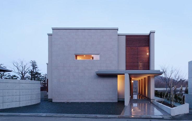 ガレージで趣味を楽しむ邸宅 | 建築家住宅のデザイン 外観&内観集|高級注文住宅 HOP