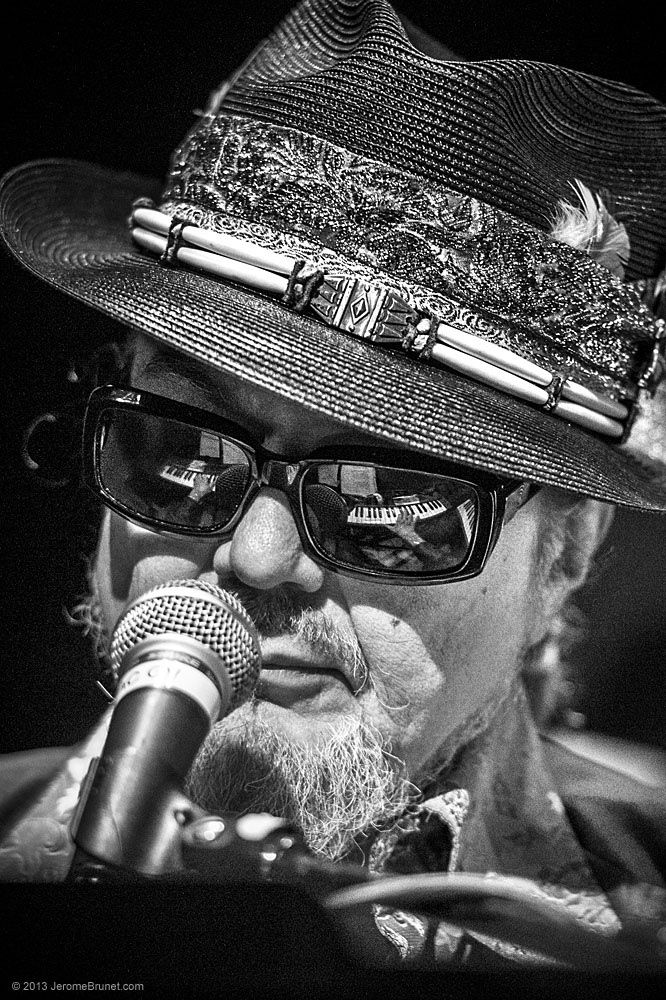 "Dr. John ""Right Place, Wrong Time"" - Guitar Center's Battle of the Blues 2012 - https://www.youtube.com/watch?v=Y6RtVmc5dSE"