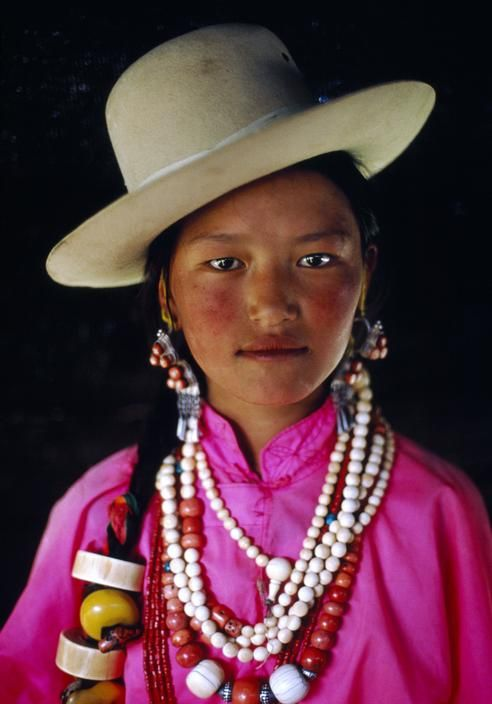 mystic-rose:    biscodeja-vu:Kham, Tibet