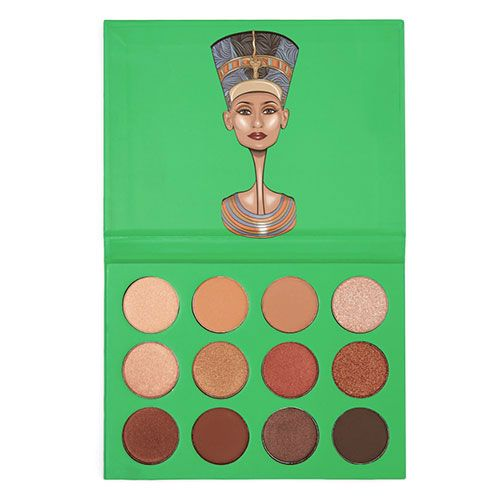 A 12-colour eyeshadow palette.The ultimate collection of neutral eye colours, The Nubian Eyeshadow Palette creates a selection of versatile looks. Suitable for all skin tones, wear the 4 matte and 8 s