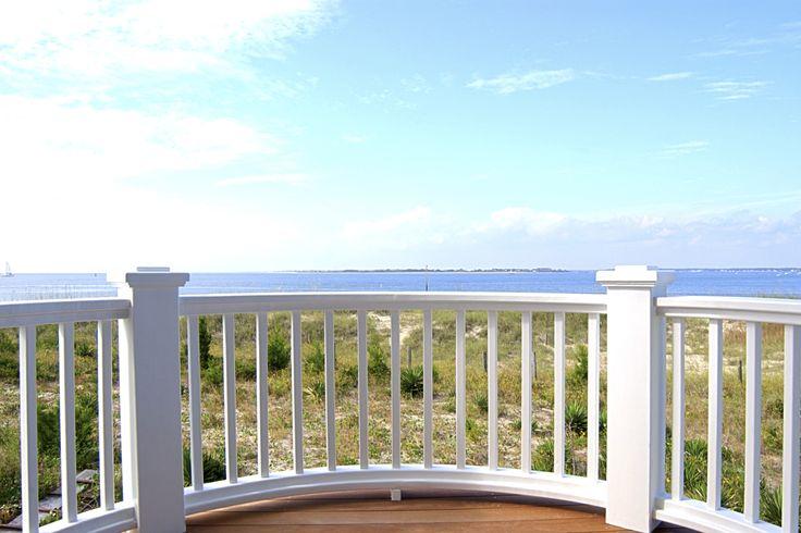Cómo Construir Una Baranda De Madera Para Balcones Building A Basement House With Balcony Balcony Railing Design