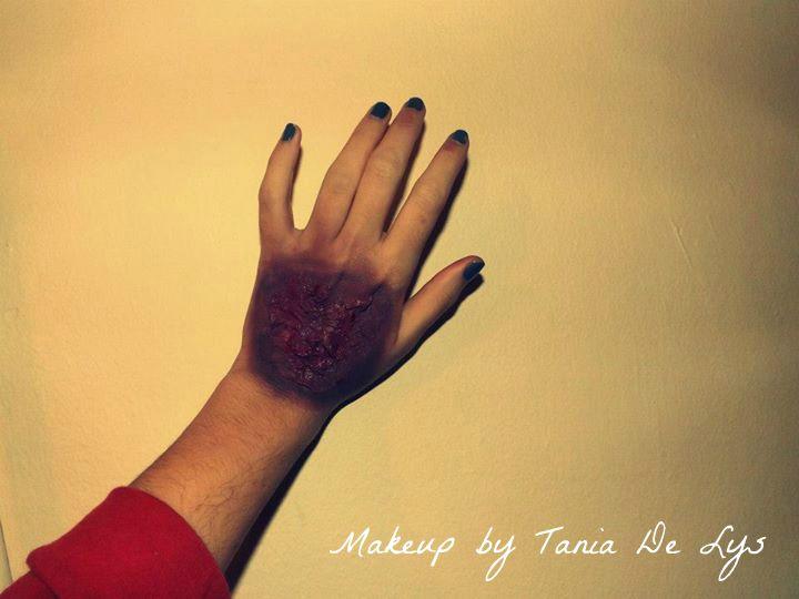 Burned hand makeup
