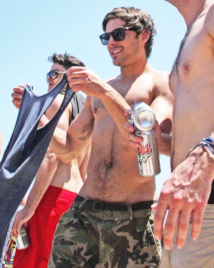 Hairy  . . #zac #efron #ZacEfron #hairy #chest #crotch #sexy #topless #fit #fitfam #tattoo #zattacker #ninja #trail #somf