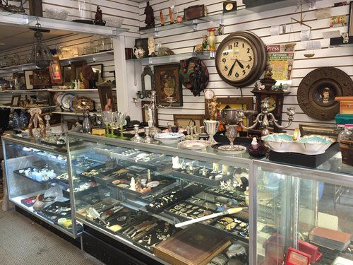 We are dealing in antiques business for about twenty years. Both NJ antique buyers & collectible buyers can contact or visit our shop in the same state of New Jersey for buying antiques pieces and collectible items such as coins & jewelry etc. Best knowledge search http://www.antiquesbuyerstristate.com/ Or ring 201-880-5455