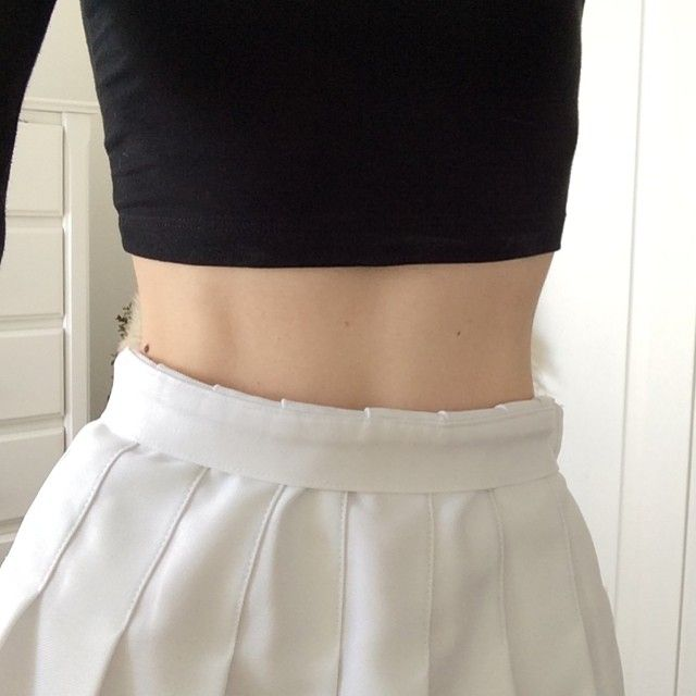 i always roll the waistband of my aa tennis skirt! it flatters me better :))