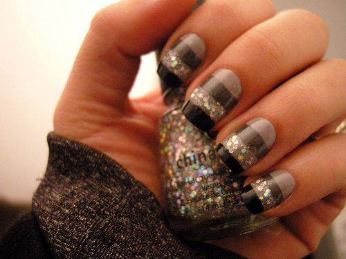 nails: Nails Design, Nailart, Nailpolish, Sparkle Nails, Glitter Nails, Nails Polish, Black Glitter, Stripes Nails, Nails Art Design