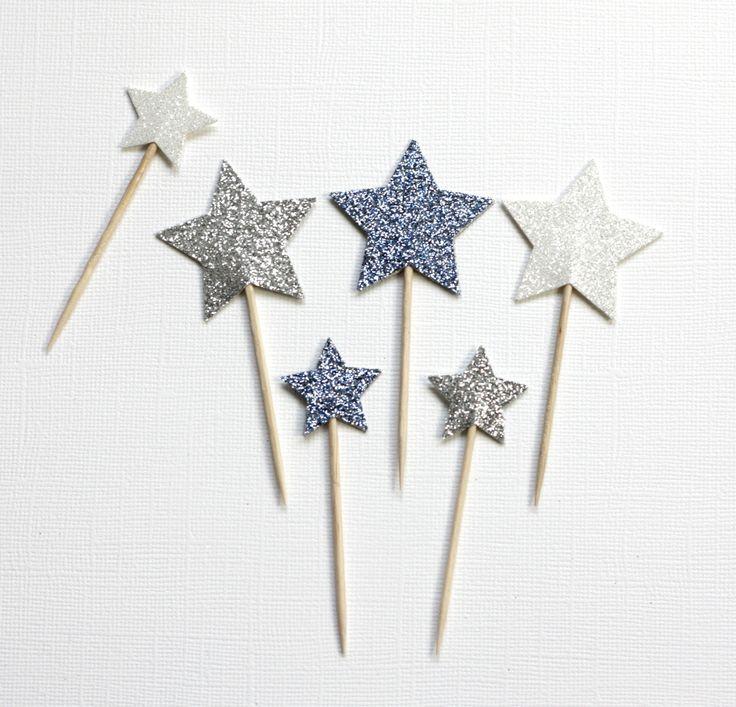 12 décorations pailletées pour gâteaux et cupcakes (cake topper), motif étoile, coloris argent, blanc et bleu