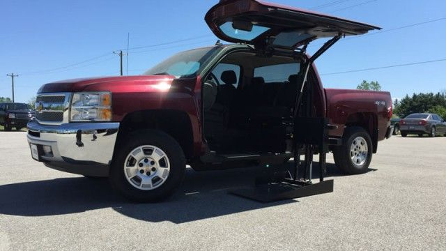 Wheelchair Accessible 2013 Chevrolet Silverado 1500 Lt For Sale Wheelchair Vehicles Wheelchair Van Wheelchair