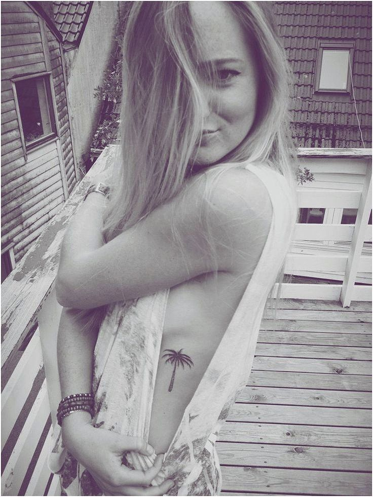 Cute Delicate Rib Cage Palm Tree Summer Tattoo Ideas for Women, #TattoosForGirls…