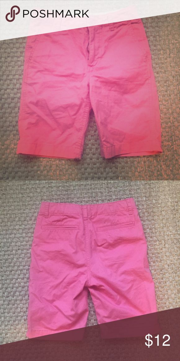 Gap boys Pink chino shorts sz 10 reg EUC Perfect pink chino shorts by gap. Classic style- awesome color! EUC- no signs of wear. Son got a growth spurt and skipped this size! Size 10. Smoke/cat free 🏡 GAP Bottoms Shorts