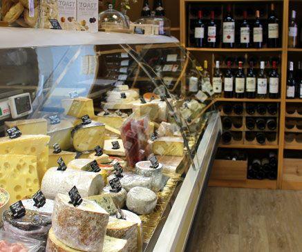 Les fromages de Manon sont livrés chez vous par Mon Assiette Locale livraison produits locaux en vélo triporteur Bordeaux Talence Le Bouscat Bègles