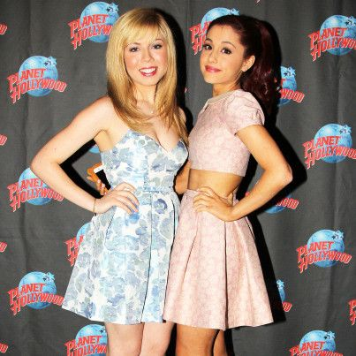 JENNETTE MCCURDY  SAM AND CAT  | Ariana Grande And Jennette McCurdy Birthdays: The Secret To Having A ...