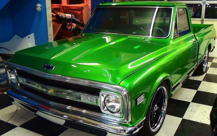 Killer 1970 Chevy C10 Custom Truck....VIDEO: http://hot-cars.org/2015/05/03/chevrolet-c10-pick-up-truck-killer-custom-job/