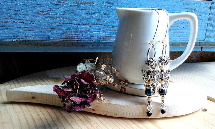 Boucles d'oreilles en style rustique vintage papillon avec boucle taille XXL, création pour fete des mères, Boucles d'oreilles papillon by itssomimi2 on Etsy