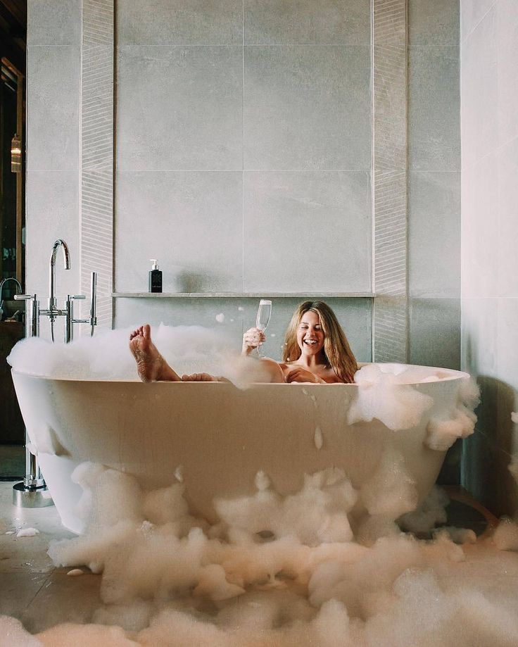 Take A Dip Into Relaxation With Some Gorgeous Bath Inspiration For