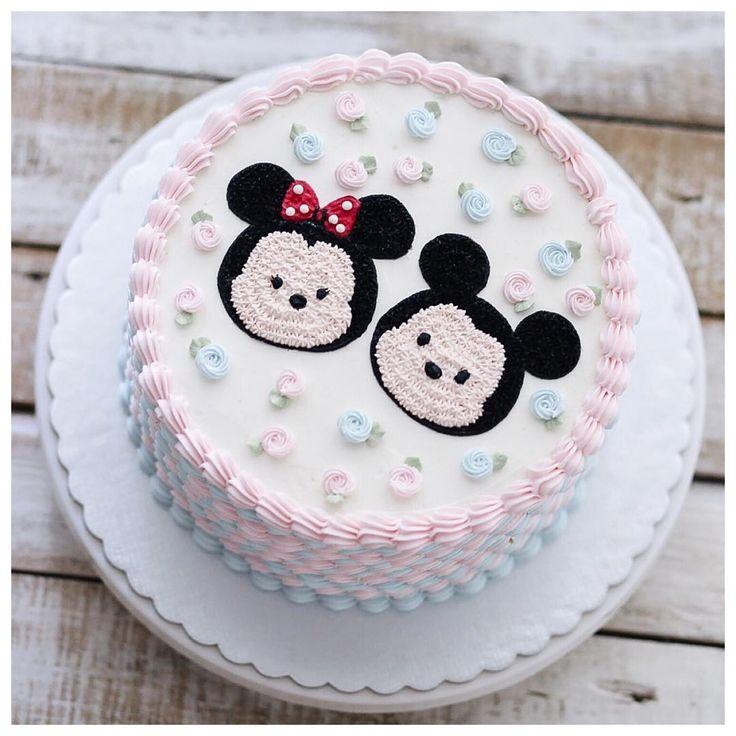 Mickey and minnie tsum tsum