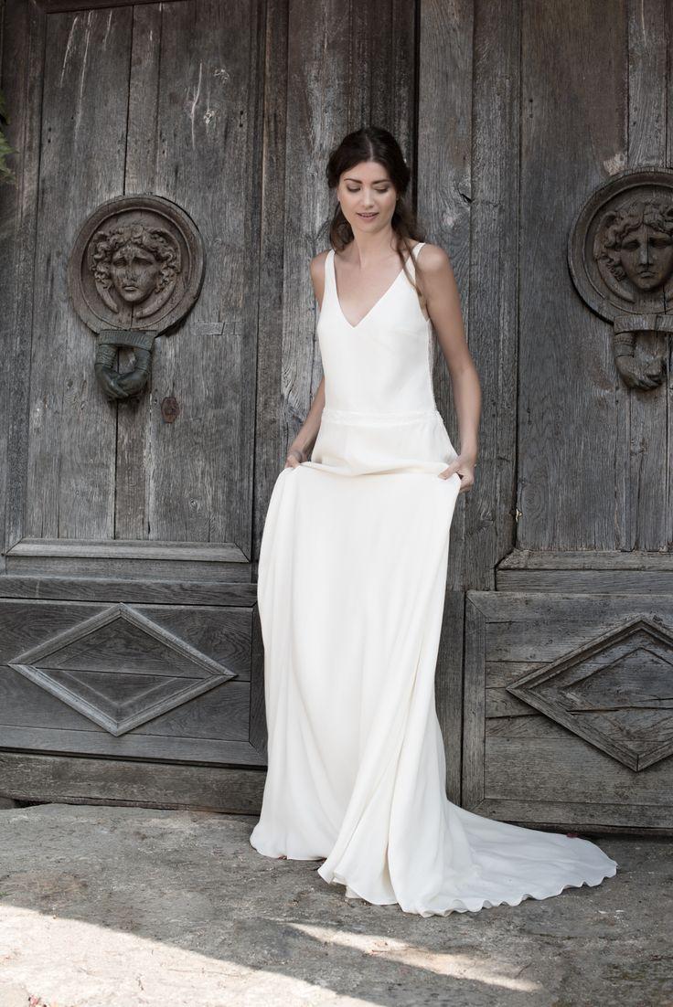 Robe de mariée en soie et dentelle www.aufildelise.com
