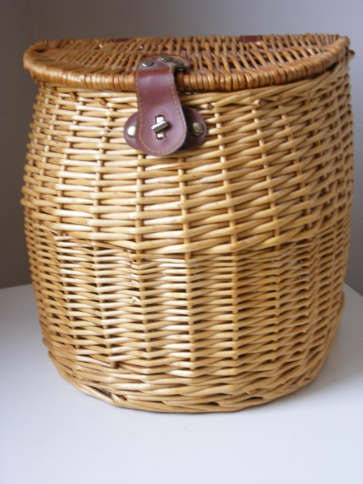 17 best images about baskaholic on pinterest wicker for Fishing creel basket
