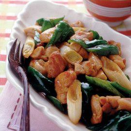 かますのアクアパッツァ   藤井恵さんのレシピ【オレンジページnet ... 鶏肉とピーマンのピリ辛炒め