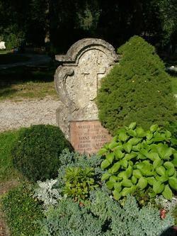Virginia Hill (1916 - 1966) b. Lipscomb, AL, USA. d. March 24, 1966 in Koppl, Salzburg, Austria. Aigen Cemetery, Salzburg, Austria.