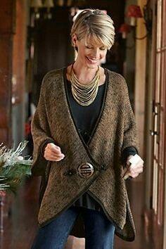 What a cute sweater! | #ArcadiaAttire
