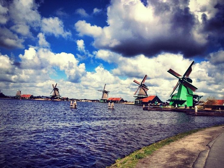 Zaanse Schans ravel by coach from central Amsterdam to Zaanse Schans to see its famous massive windmills. Capture your share of windmill photos, see wooden houses and old-fashioned stores, and visit a maker of wooden clogs.