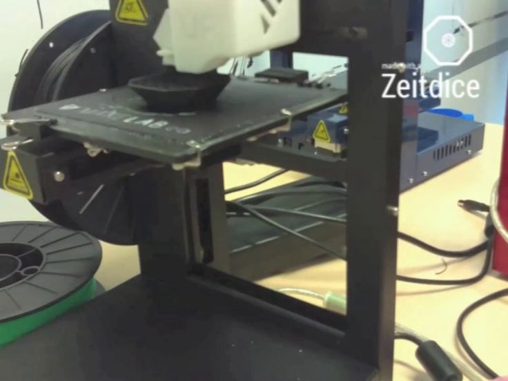 Zeitdice Smart Timelapse Camera prototype being 3D printed. Thank you makelab.ca!