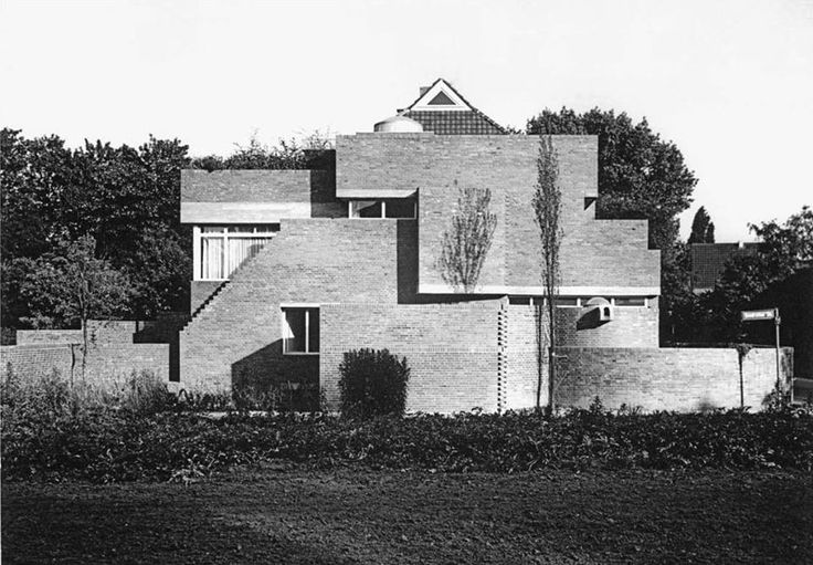 House (1958-59) built for himself in Cologne, Germany, by Oswald Mathias Ungers